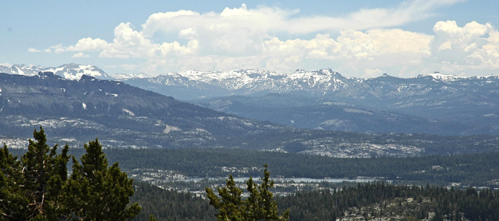 Panorama of Carson-Iceberg Wilderness in the background; the Emigrant Wilderness is in the foreground.